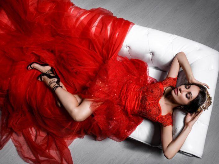 Аренда платьев и одежды, услуги стилиста