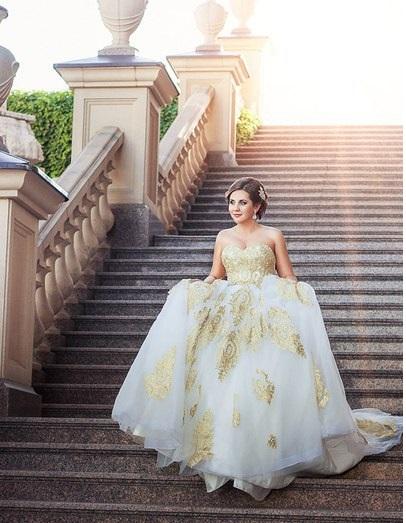 Аренда платьев Diva, платье Golden-white dress