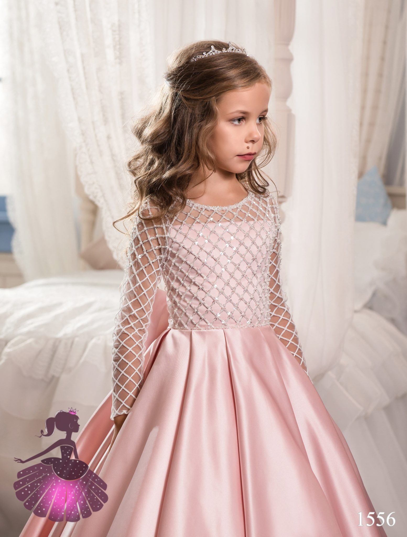 Аренда платьев Little queen dress в фотостудии Frontpage 1556 2
