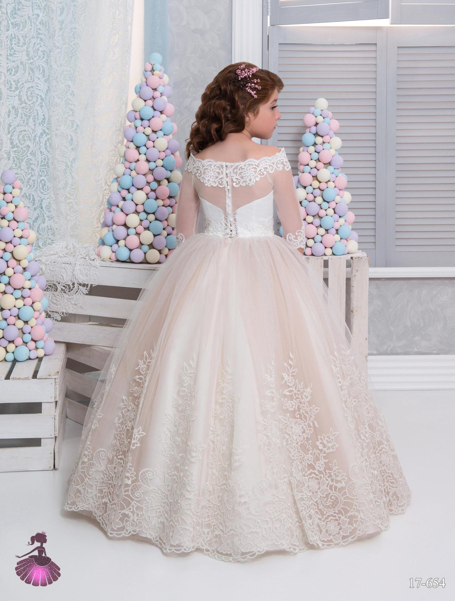 Аренда платьев Little queen dress в фотостудии Frontpage 17-654 3