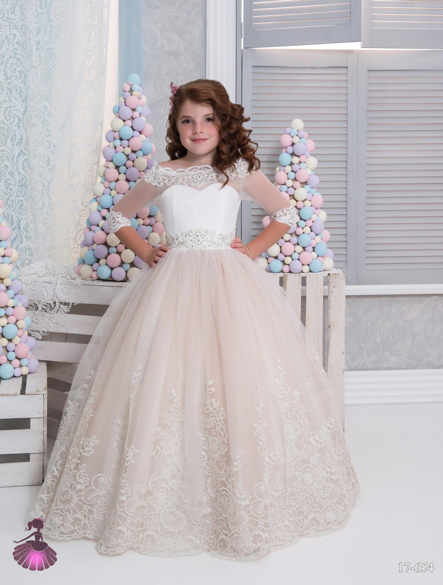 Аренда платьев Little queen dress в фотостудии Frontpage 17-654 4