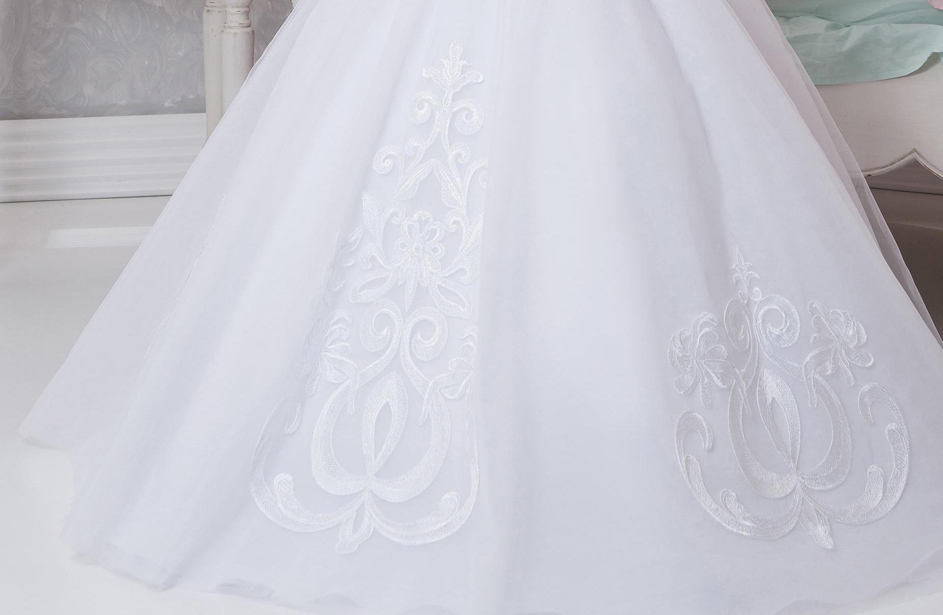Аренда платьев Little queen dress в фотостудии Frontpage 17-668 03
