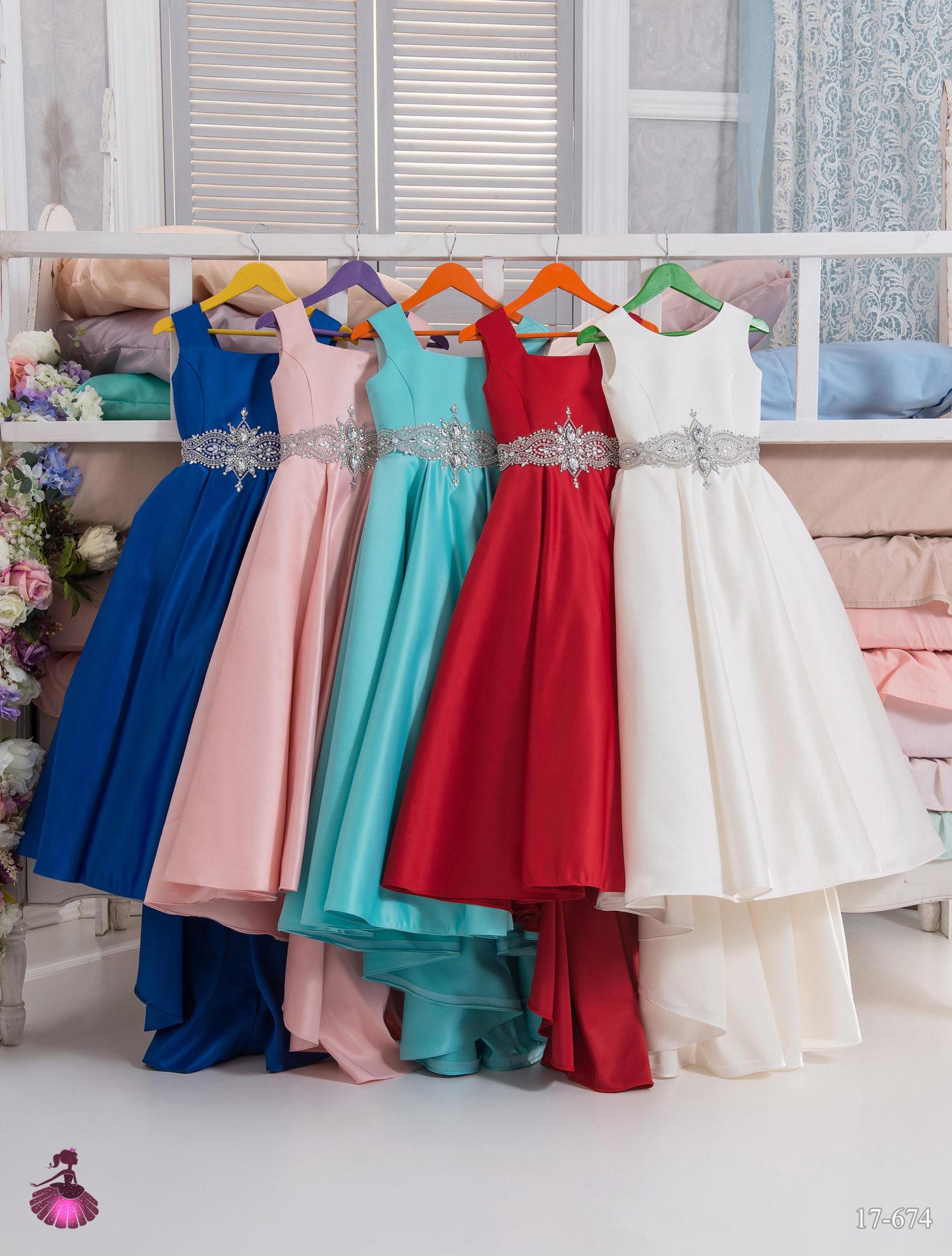 Аренда платьев Little queen dress в фотостудии Frontpage 17-674 2