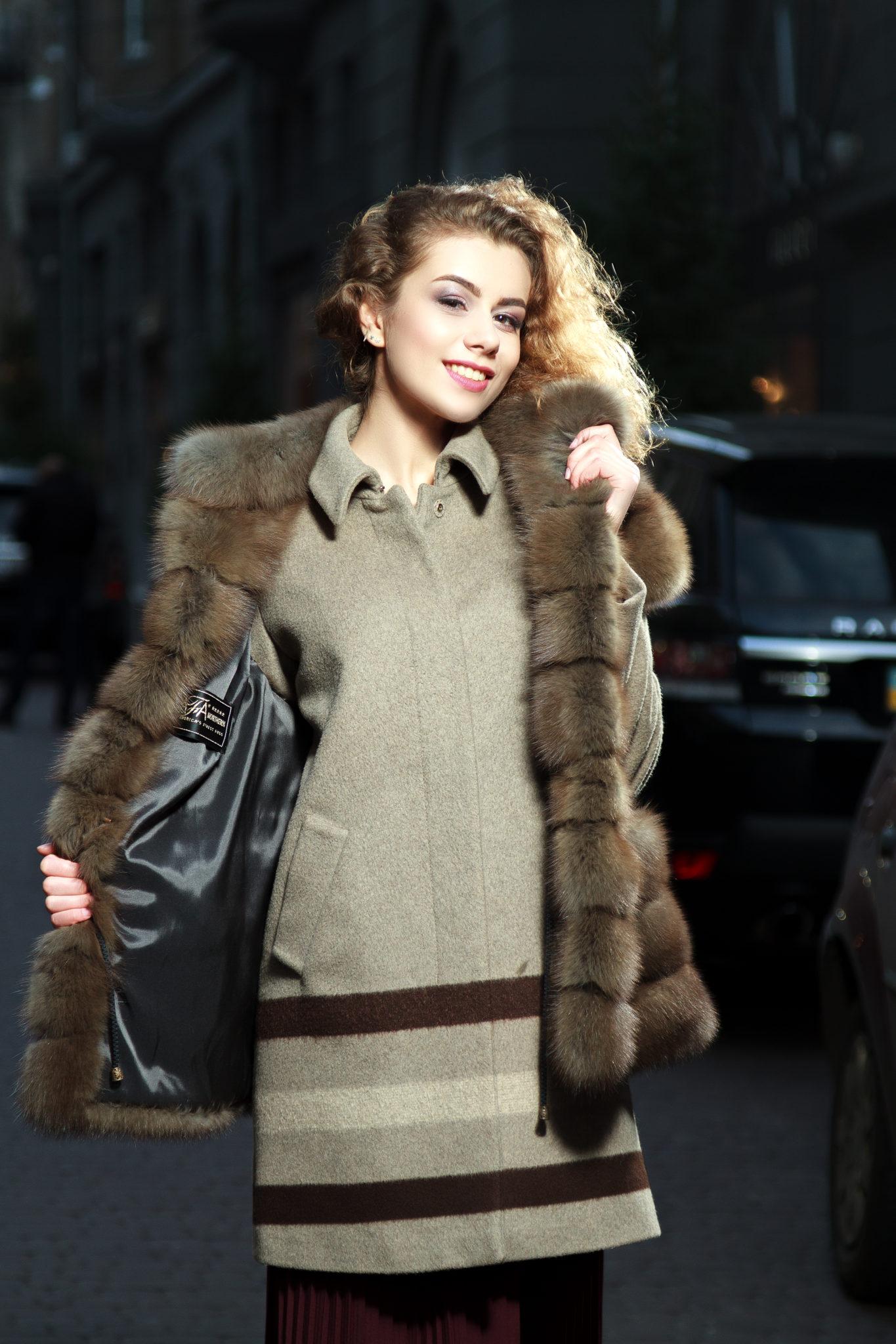Lookbook портфолио фотостудии Frontpage 12, Постникова Алиса фотограф, Полищук Юлия модель