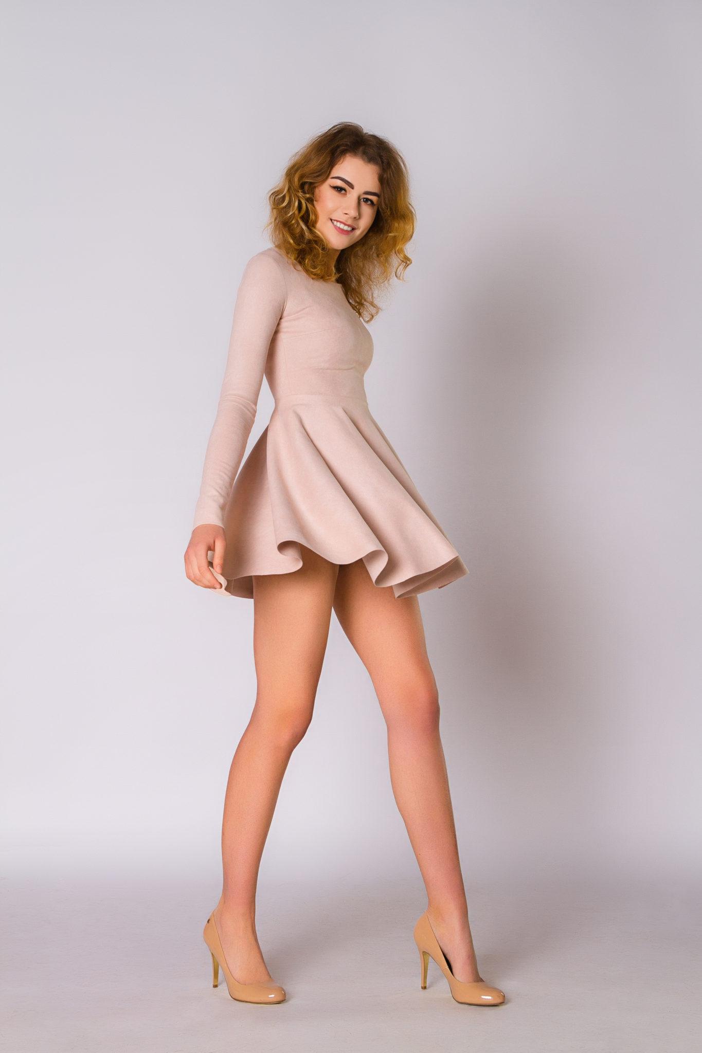 Lookbook портфолио фотостудии Frontpage Постникова Алиса, модель Полищук Юлия