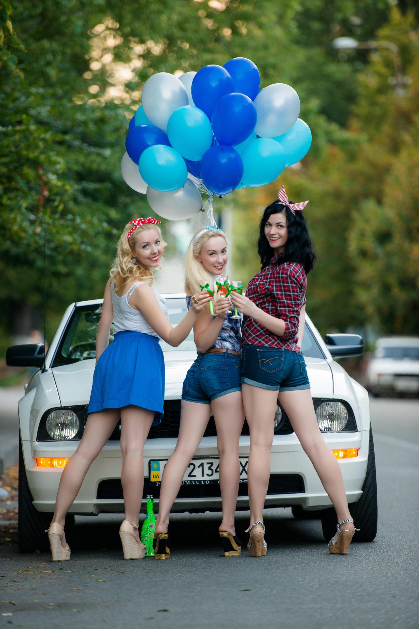 Девичник на природе, 3 девушки с шариками