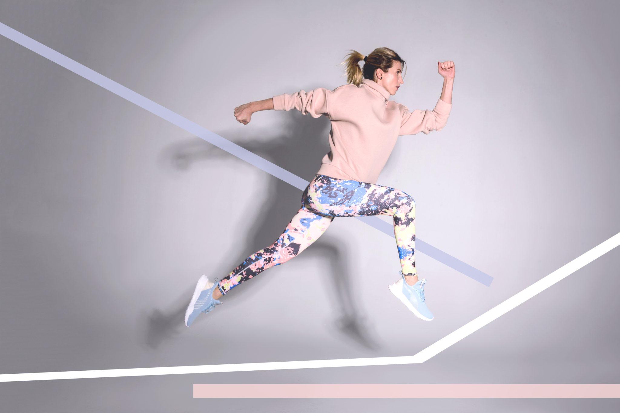 Lookbook портфолио фотостудии Frontpage, фотограф Алиса Постникова, бренд Wowbody Shop, модель Анита Луценко