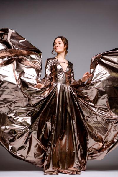 Золотое платье от DiGlowShop, модель Диана Глостер, фотограф Постникова Алиса