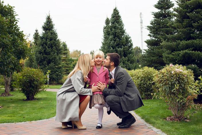 Семейная фотосессия на природе, Бот Сад, семья из трех человек