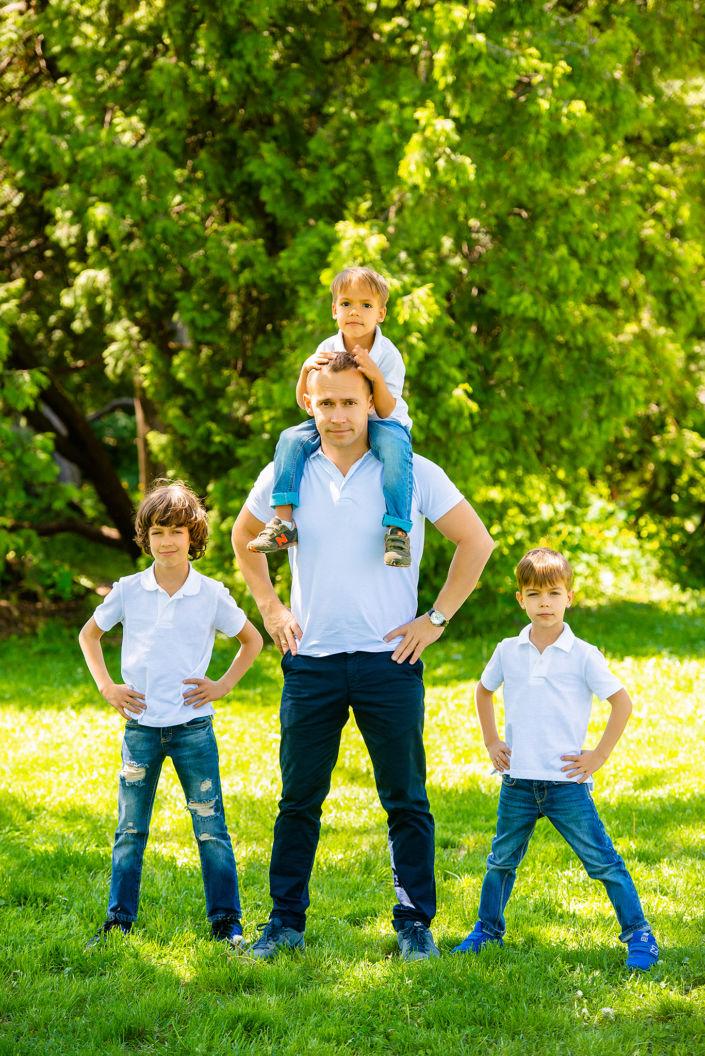 Семейная фотосессия на природе 3