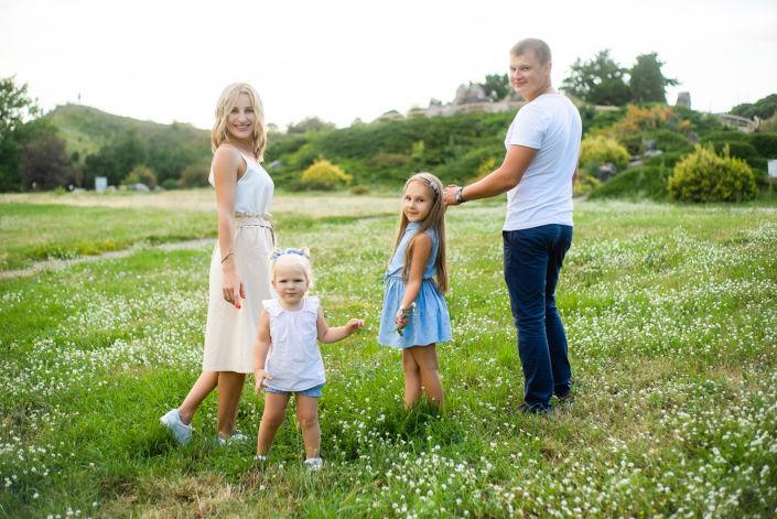 Семейная фотосессия на природе 5