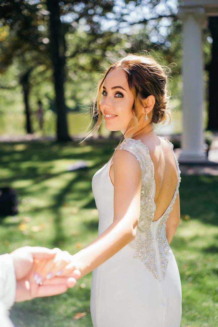 Фотосессия свадьбы, ph Постникова, 2018, Киев, невеста в парке